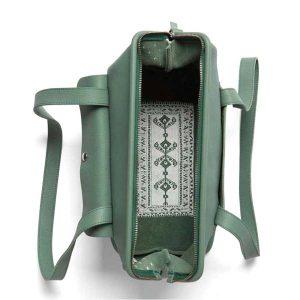 Keecie tas roomservice, forest green leer, met witte print van woonkamer aan binnenkant