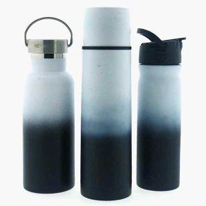3 flessen van retulp, verloop van wit naar zwart, rvs.