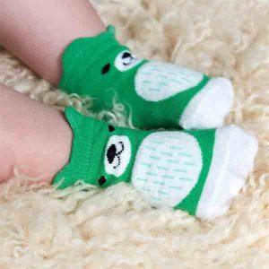 Rex London, schattige babysokjes, groen met beertje, op zool zit printje in rubber, tegen uitglijden